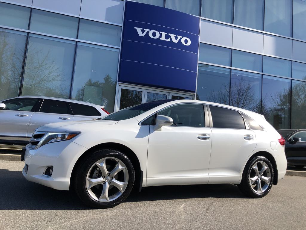 Pre-Owned 2014 Toyota Venza V6 AWD Limited