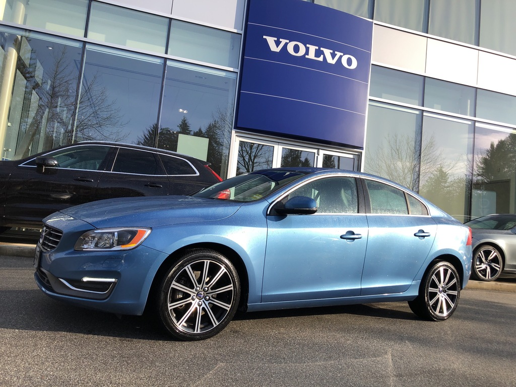 Pre-Owned 2015 Volvo S60 T6 AWD Platinum