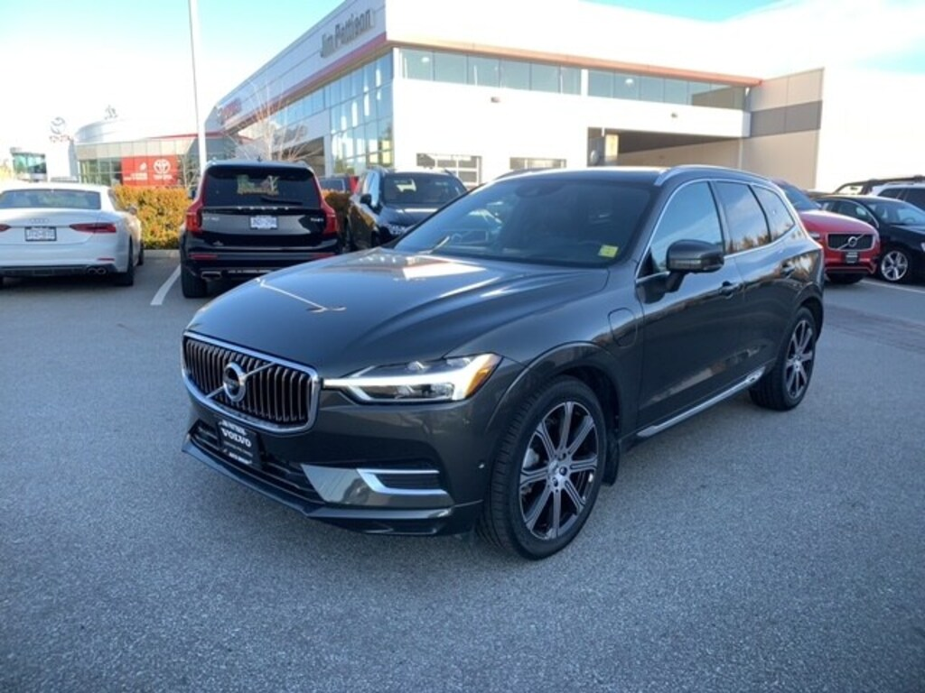 Certified Pre-Owned 2018 Volvo XC60 Hybrid T8 Inscription