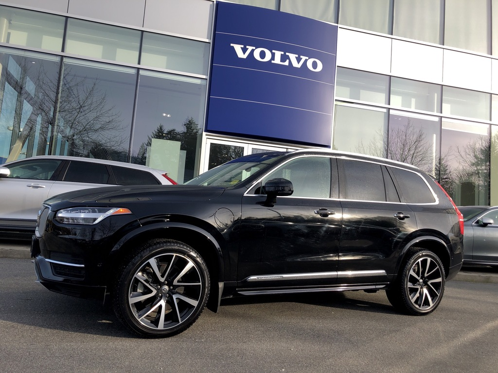 Certified Pre-Owned 2018 Volvo XC90 Hybrid T8 AWD Inscription