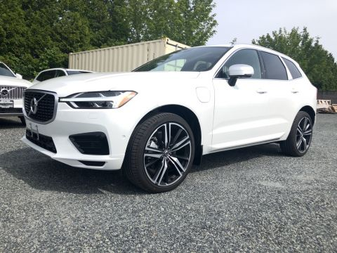 New 2019 Volvo XC60 Hybrid T8 AWD R-Design