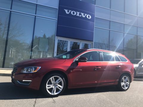 Pre-Owned 2015 Volvo V60 T5 AWD Premier Plus Low Km No Accident Claim!