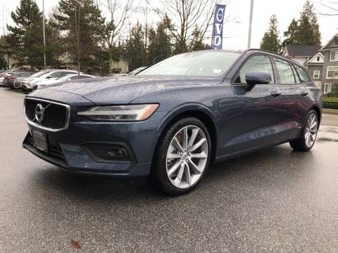 New 2019 Volvo V60 T6 AWD Momentum DEMO SALE ON NOW!
