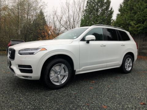 New 2019 Volvo XC90 T5 AWD Momentum DEMO SALE ON NOW!