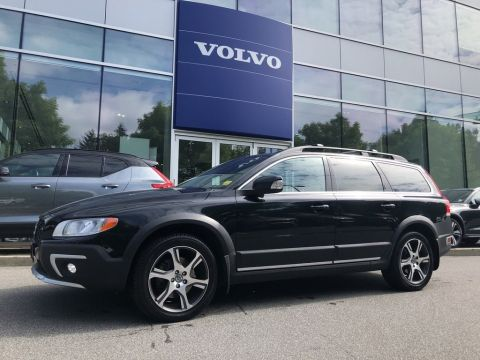 Pre-Owned 2015 Volvo XC70 T6 AWD Premier Plus No Accident Claim Local BC Car
